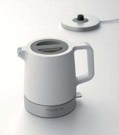 Braun kettle - Minimalissimo. #productdesign #minimalist #white