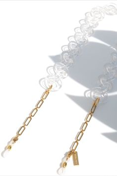 Stylish Gold Glasses Chain mixed with Clear Ring Links   SPECSET Eyewear Accessories #sunglasses #sunglassesfashion #eyeglasses #eyeglassholder #womensfashion #womenjewelry #goldjewelry #specset #eyewear #accessories #aesthetic Gold Jewelry, Fine Jewelry, Women Jewelry, Gold Necklace, Trending Sunglasses, Sunglasses Women, Eyeglass Holder, Eyeglasses, Eyewear