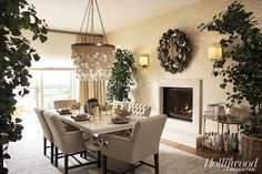 Love this cozy looking dinning room
