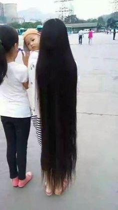 Long Black Hair, Beautiful Long Hair, Dream Hair, Rapunzel, Asian Woman, Veil, Long Hair Styles, Vietnam, Beauty