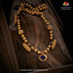 Jewelry Design Earrings, Gold Jewellery Design, Diamond Jewelry, Gold Jewelry, Antique Jewellery Designs, India Jewelry, Timeless Design, Necklace Set, Jewelry Stores