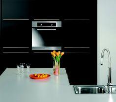 i like baumatic because it always looks so sleek New Oven, Black Kitchens, Black Stainless Steel, Simple Elegance, Kitchen Inspiration, Trust, Gadgets, Kitchen Appliances, Gadget