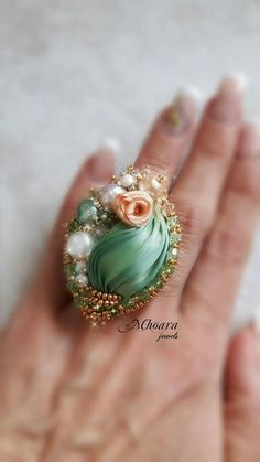 ' Chinese Spring ' ring - shibori silk and soutache designed by Mhoara Jewels Ribbon Jewelry, Soutache Jewelry, Fabric Jewelry, Shibori, Kanzashi Flowers, Silk Ribbon Embroidery, Bead Art, Jewelery, Handmade Jewelry