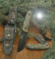 This is the ultimate accessory for the adventure lover. Ensure your safety even in the deepest jungles and the darkest caves. This survival set has things that are most essential at the time of need. A stainless steel fixed blade and folding knife, plu Adventure Treks, Dark Cave, Hiking Accessories, Best Hunting Knives, Knife Sharpening, Fixed Blade Knife, Outdoor Survival, Survival Knife, Led Flashlight