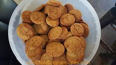 BOBAAS GEMMERKOEKIES Donut Recipes, My Recipes, Dog Food Recipes, Cookie Recipes, Dessert Recipes, Favorite Recipes, Tart Recipes, Quick Recipes, Bob Marley