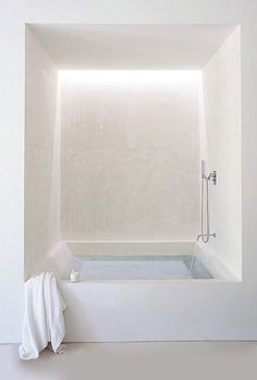 Couldn't you just soak away all your tension in this dreamy white tub-room? @CheviotProducts