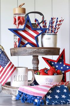 🌟Tante S!fr@ loves this📌🌟You won't believe how cheap and easy it is to decorate for of July! I'm sharing some inspiration for vintage inspired Fourth of July Decor on a budget. 4th Of July Desserts, Fourth Of July Decor, 4th Of July Celebration, 4th Of July Decorations, 4th Of July Party, July 4th, John Russell, Tray Decor, Independence Day