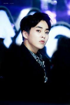 Always so serious milove..  #xiumin #minseok #baozi #exo #weareone