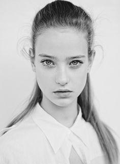 New face Lorena Sandu joined Elite Model Management in London