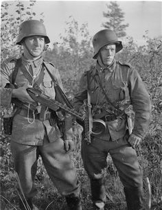 Swedish volunteers in Finnish Army, july 1941 - pin by Paolo Marzioli