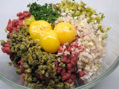 'This somewhat infamous dish is delicious when prepared properly with the correct ingredients and, despite most preconceptions, doesn't actually taste of raw beef at all. Tartare Recipe, Beef Steak Recipes, Steak Tartare, Tapas, Vegan Kitchen, Asian Cooking, International Recipes, Easy Dinner Recipes, Carne