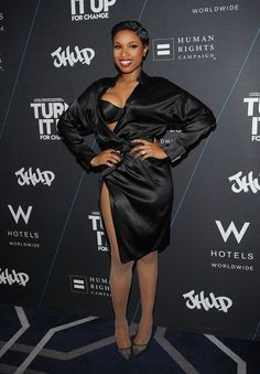 Pin for Later: Les 35 Looks Les Plus Sexys De L'année Jennifer Hudson