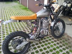 Vitto's Scrambler - Honda Dominator