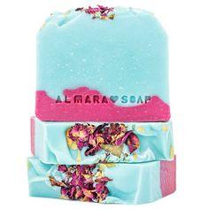 Novinky - Krásná Každý Den Snow Globes, Soap, Design, Products, Bar Soap, Soaps, Gadget