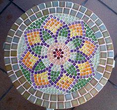 Mosaic Tray, Mosaic Glass, Mosaic Tiles, Mosaics, Mosaic Crafts, Mosaic Projects, Mosaic Designs, Mosaic Patterns, Vitromosaico Ideas