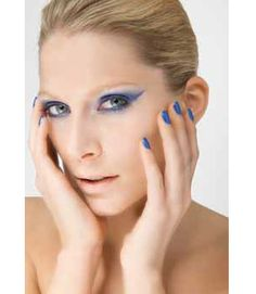 EMD #Color Forecast Autumn/winter 2012/13: Nude looks focus on pale wintry aspects and the  vibrant blues inspire a bolder techno beauty. Snowy  powders go on in transparent layers and feature a  graphic dash of optic white. The deep #blue palette –  the new black – creates electric effects.