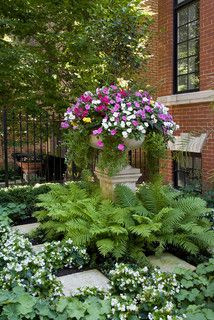 Lincoln Park, Chicago, IL Residence, traditional landscape-great mix of container and landscape gardening to provide height to an otherwise flat space Garden Urns, Garden Planters, Lawn And Garden, Porch Planter, Garden Paths, Landscaping Tips, Garden Landscaping, Shade Landscaping, Inexpensive Landscaping