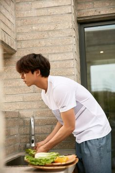 Goong Yoo, Lee Dong Wook, Asian Guys, Korean Star, Korean Actors, Prince, Movie, Boys, Clothes