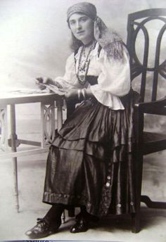 vintage everyday: 26 Lovely Photos of Young Girls as Fortune Tellers from the Late 19th to Early 20th Centuries