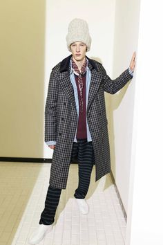 Andrea Pompilio Fall 2016 Menswear Collection Photos - Vogue