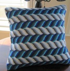 Bargello Needlepoint Hand Embroidered Decorative by Lisolabella