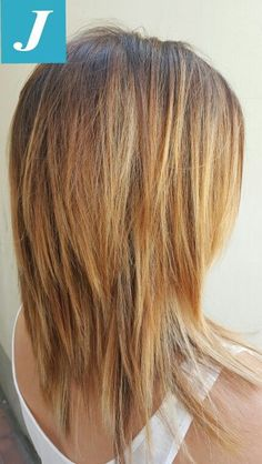 layered hair 36 Ideas For Hair Cuts Layers Coloring Long Bobs Medium Hair Cuts, Long Hair Cuts, Medium Hair Styles, Curly Hair Styles, Medium Shag Haircuts, Long Shag Haircut, Lob Haircut, Bob Hairstyles, Straight Hairstyles
