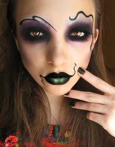 Illamasqua Theatre of Nameless -I'm def doing this on Halloween! Halloween Festival, Halloween Make Up, Halloween Face Makeup, Creepy Makeup, Clown Makeup, Creepy Halloween, Halloween Design, Halloween Night, Holidays Halloween