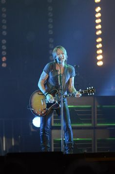 Keith News Photos…Keith Has Taken The Stage Tonight In Hamilton, Ontario, Canada…Saturday, September 2014 Best Heavy Metal Bands, Hamilton Ontario Canada, Keith Urban, Hot Boys, Embedded Image Permalink, Country Music, Stage, September, Husband