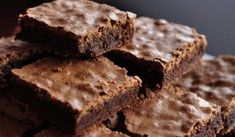 brownies nhstisimo me taxini Dairy Free Keto Recipes, Low Calorie Recipes, Vegetarian Recipes, Cooking Recipes, Chocolate Fit, Broccoli Fritters, Recipe For Success, Cheesecake Cupcakes, Types Of Cakes