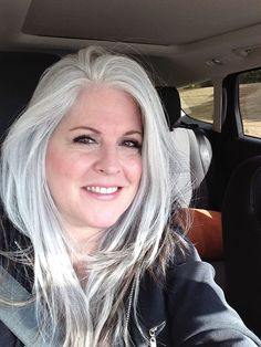 Salt and pepper gray hair. Aging and going gray gracefully. Grey Hair Don't Care, Long Gray Hair, Silver Grey Hair, Plus Size Blog, Silver Haired Beauties, Grey Hair Inspiration, Pelo Natural, Natural White Hair, Peinados Pin Up