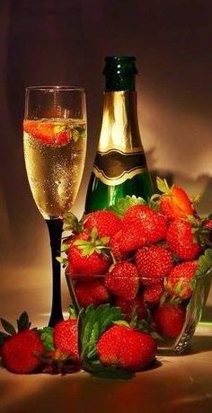 Champagne and strawberries for Christmas Eve or Christmas Night, a nice way for grown ups to relax.