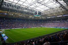 """Veltins Arena """"Auf Schalke"""" beim Spiel FC Schalke 04 - 1.FC Köln http://www.ausflugsziele-nrw.net/veltins-arena/ #veltinsarena #schalke #s04 #köln #effzeh #schalkearena"""