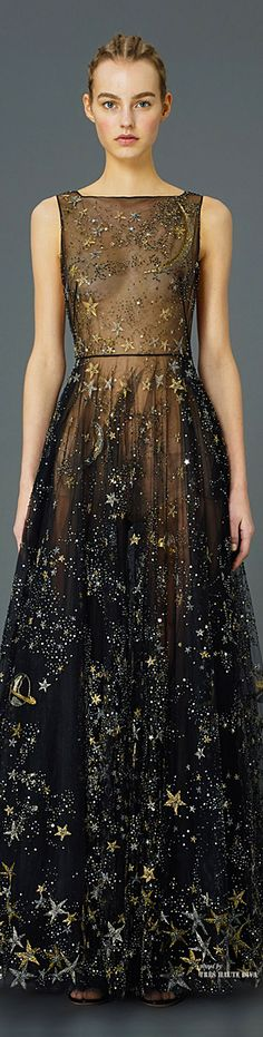 El Universo (es la mejor inspiración) de la moda                                                                                                                                                     Más