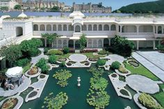 Taj Lake Palace Declared as No. 1 Heritage Hotel of India, 2013 Best Resorts, Hotels And Resorts, Best Hotels, Luxury Hotels, Film Scarface, Miami Beach, Jacksonville Beach, Fontainebleau, Paris Match