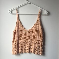 SALE Urban outfitters crotchet crop top Straps are adjustable! Urban Outfitters Tops Crop Tops