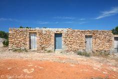 Old building near Cala Saona beach