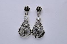 Earrings silver marcasite with pearl €25