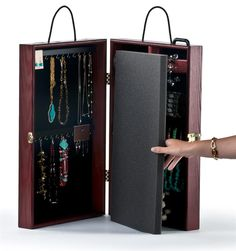Jewelry Designs Premier Display Portable Carrying Case