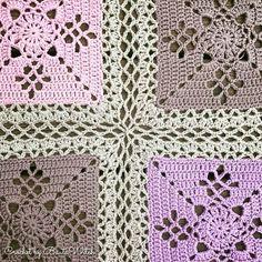 Jag hittade den vackra rutan Victorian Lattice Square när jag googlade på spetsliknande rutor. Rutan är designad av Destany Wymore. Thank you Destany for a beautiful pattern! Det finns en svensk …