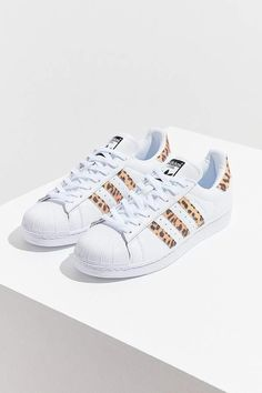 88219d7702e31 Adidas Originals Superstar Leopard Sneaker  Affiliate  sneakersfashion  Leopard Sneakers Outfit