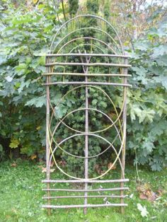 bentwood trellis - Google Search #outdoorwood