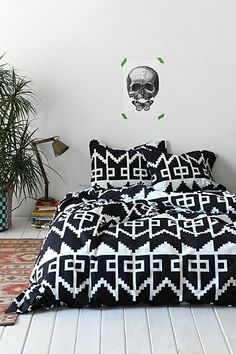 Black and white. New apartment? Magical Thinking Southwest Geo Duvet Cover - Urban Outfitters