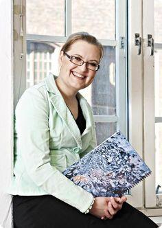 Heidi Helander-Hyvönen, Mindfulness-ohjaaja, työnohjaaja, elämäntaidon valmentaja, Laughter Yoga, Happy People, Happiness, Mindfulness, Education, Bonheur, Being Happy, Onderwijs, Happy