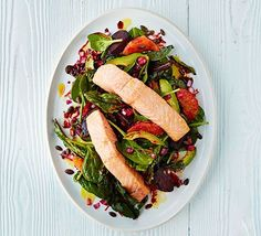 Zesty salmon with roasted beets & spinach: This fresh and filling salmon supper is packed full of heart healthy ingredients, is rich in calcium, iron and vitamin C and makes up 4 of your 5 a day.