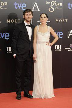 Todas las imágenes de alfombra roja y celebrities de los Premios Goya 2013: Raúl Arévalo y Alicia Rubio