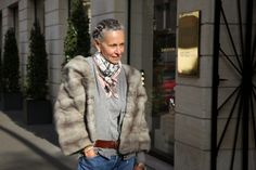 how to wear a vintage fur