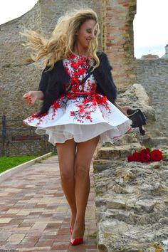 Elisabetta Franchi Floral White Dress A new hyper sensual mood look #kissmylook