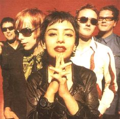 Sneaker Pimps, with the original singer, have the all time sexiest album ever, Becoming X. I listen to it almost everyday. Music Pics, Music Love, My Music, Music Videos, Top Music Artists, Trip Hop, Riot Grrrl, Alternative Music, Mixtape
