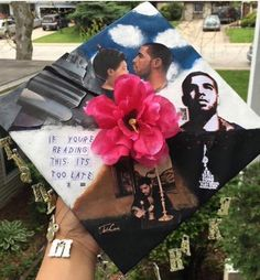 champagnepapi: RP from 🌺🌺🌺🌺🌺🌺🌺 Graduation Cap Designs, Graduation Cap Decoration, High School Graduation, Graduate School, Grad Cap, Graduation Caps, Graduation Ideas, Cap College, Drake Drizzy