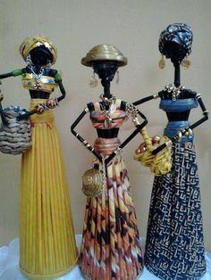 African Dolls, African American Dolls, Paper Weaving, Weaving Art, Paper Beads Tutorial, African Furniture, Paper Bag Crafts, Rolled Paper Art, African Paintings